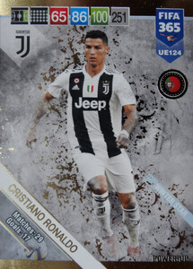 2019 FIFA 365 UPDATE WINTER STAR Cristiano Ronaldo #124